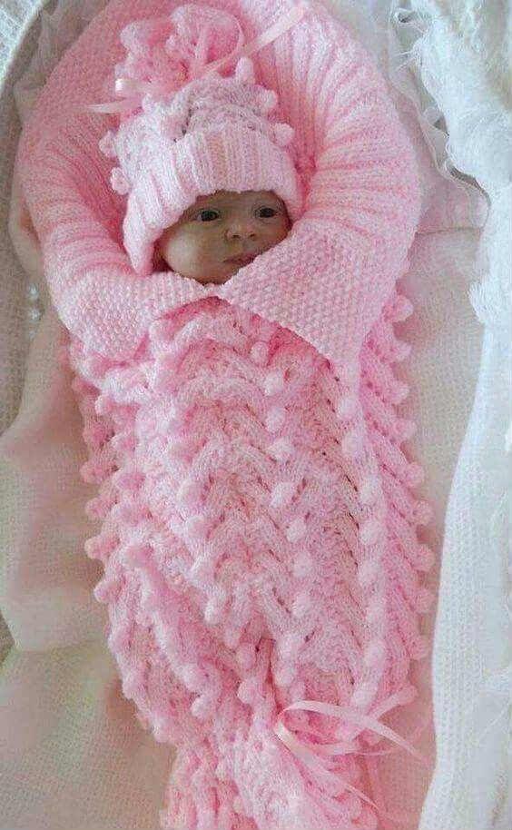 Capullo bebé tejido con dos agujas o palitos | Bebé | Pinterest ...
