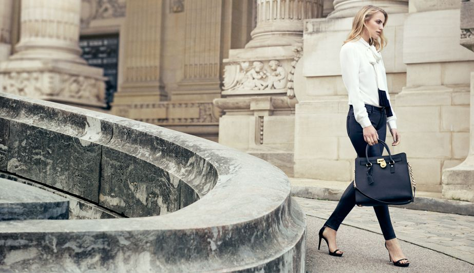 Bonjour! Our Hamilton tote is stealing the scene in Paris with NET-A-PORTER.COM. #TheChicLife