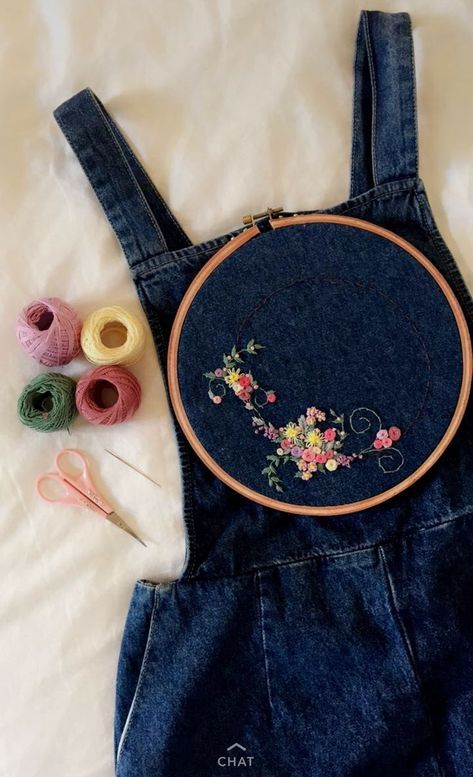 Aesthetic embroidery flowers