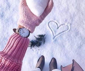 pink winter shared by 🍥🐰MιssCαһ🐰🍥 on We Heart It