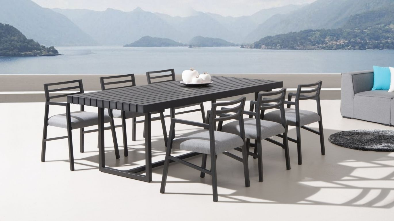 Blaze 6 Seater Outdoor Dining Set
