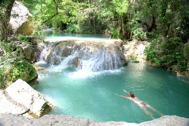 Les c vennes baignades sauvages france les plus beaux for Piscine naturelle cascade