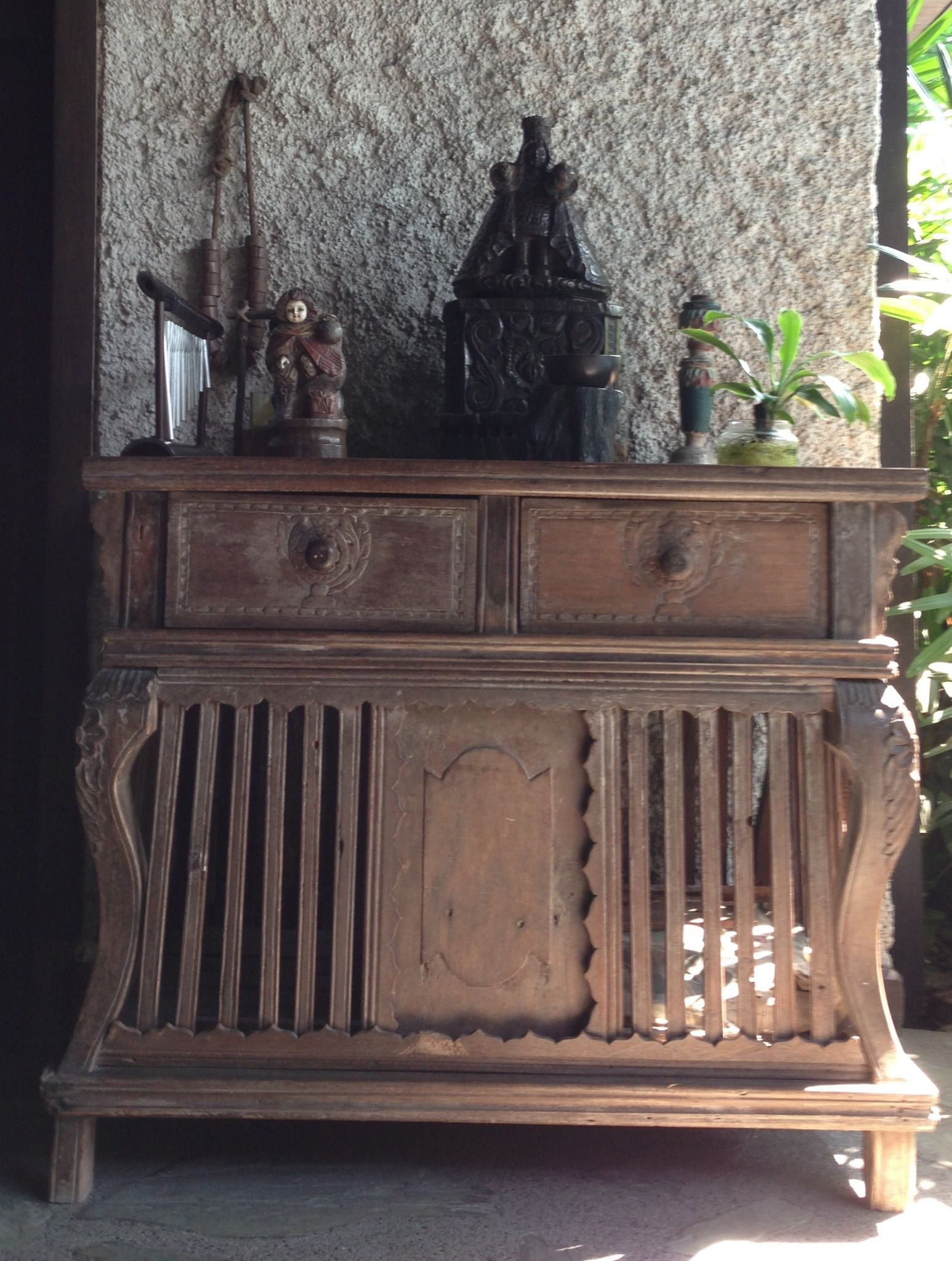 Spanish Filipino Antiques Sto Niño on top of chicken