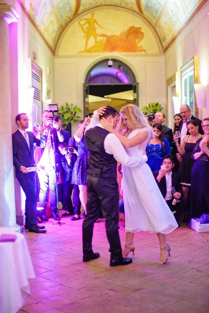 Bride and Groom dance | Romantic Rome Garden wedding | Fab Mood