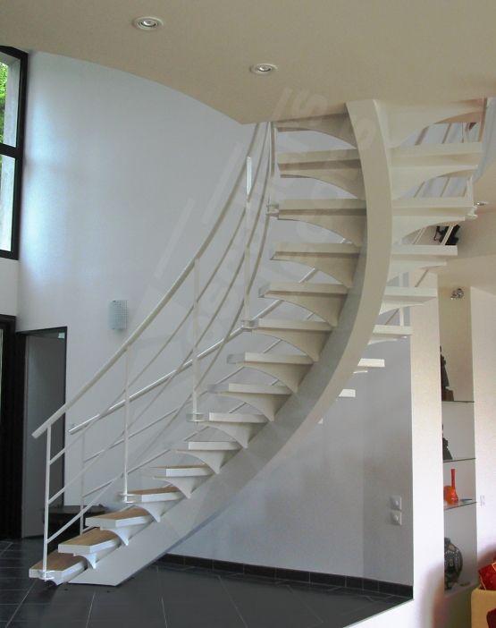 dt32 esca 39 droit balanc sur limon central escalier. Black Bedroom Furniture Sets. Home Design Ideas