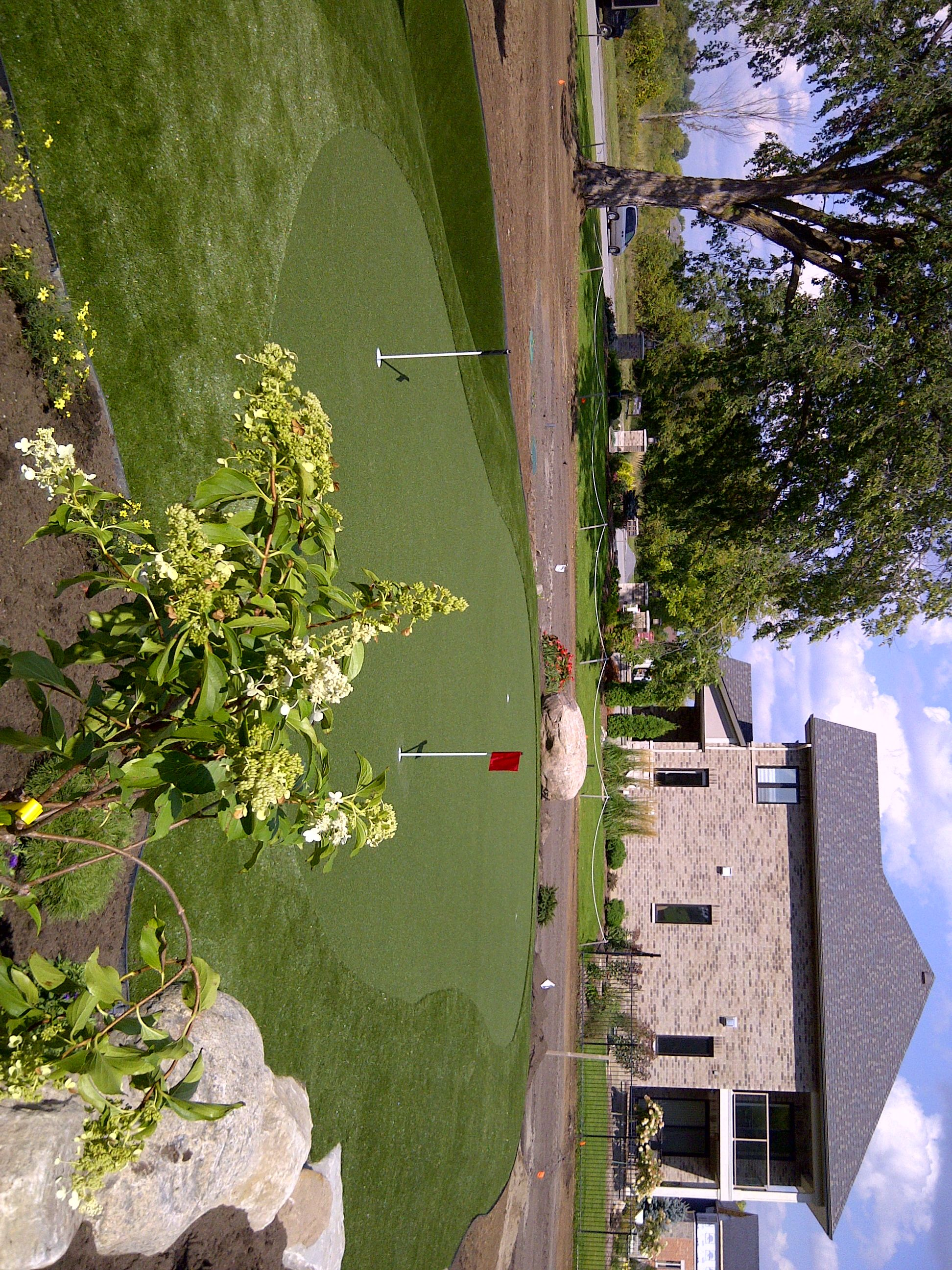 2012 cheo dream home putting green donation from synlawn ottawa