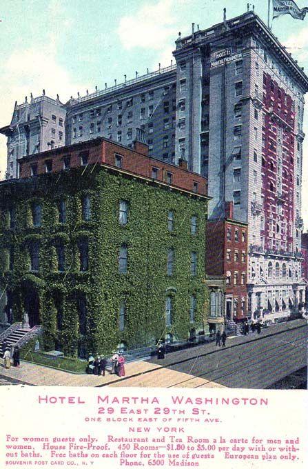 È il 2 marzo 1903 quando viene ufficialmente aperto al pubblico il ...
