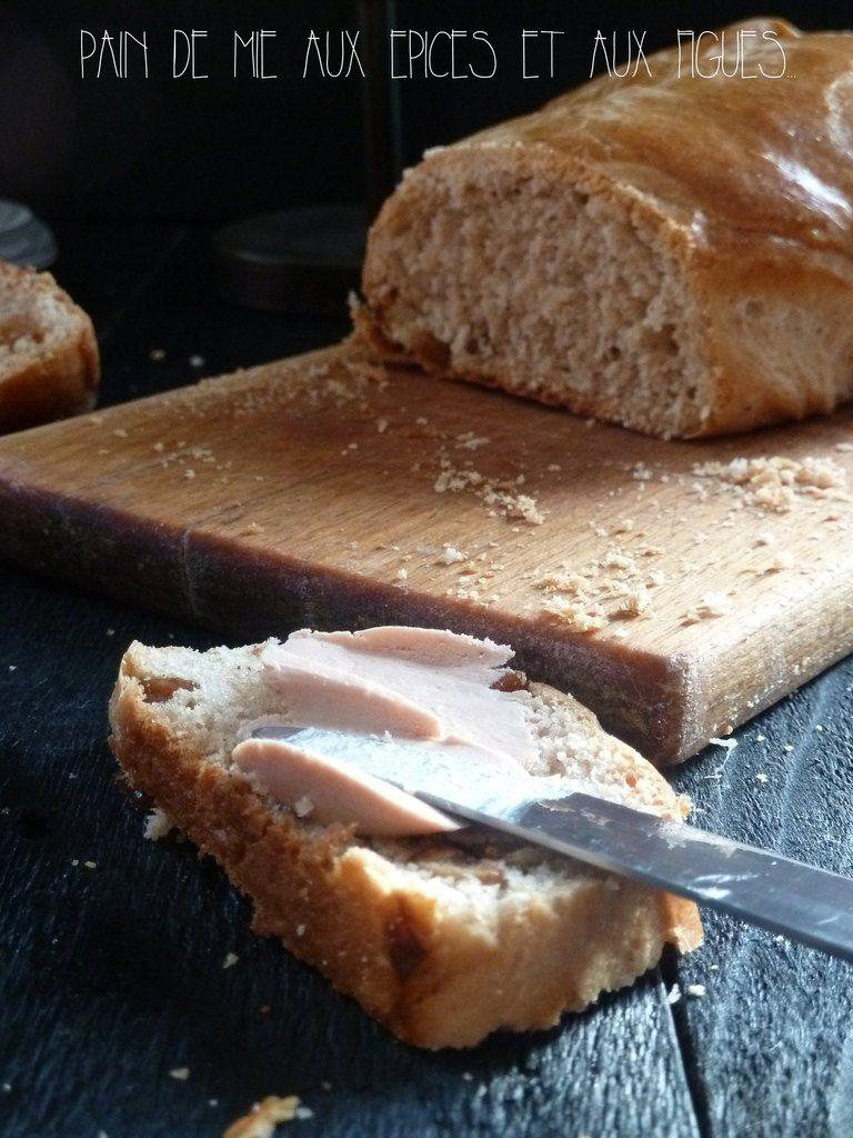 Pain de mie gout pain d'épices aux figues pour toast apéritifs