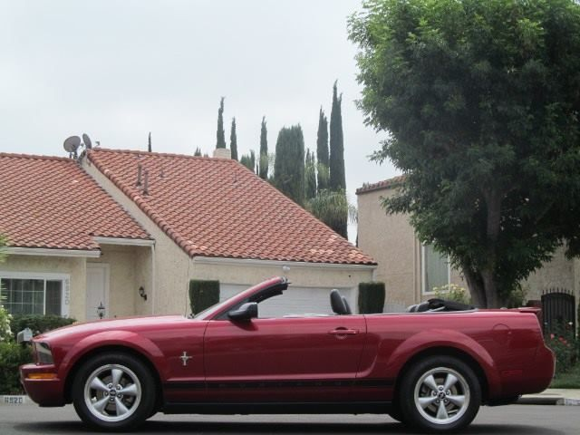 2008 Ford Mustang V6 Deluxe Convertible For