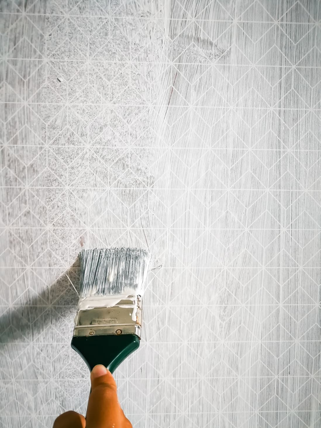 When It S Ok To Paint Over Wallpaper And How To Do It Right Painting Over Wallpaper Painting Textured Walls Painting Wallpaper