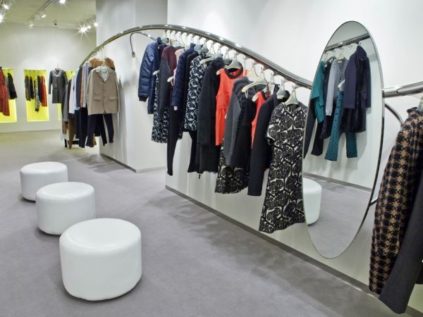 Marni shop interior design in barcelona retail pinterest shop interiors shop interior for Fashion retail interior design