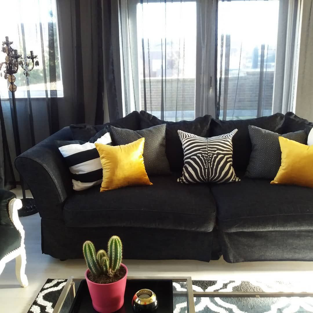Zebra Print, Mosterd Yellow, Black and White Livingroom ...