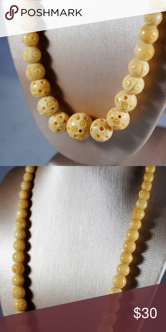 Vintage Tribal Style Bone Bead Necklace This Carved Bone Beaded Necklace Features Graduated Sized Beads Some So Bone Bead Necklace Beaded Necklace Bone Beads