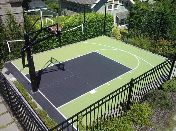 20 of the most amazing home basketball courts basketball Backyard sport court