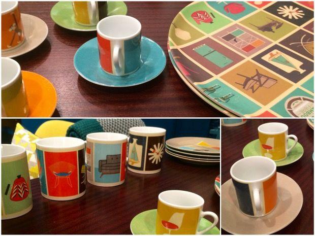 Tasse vintage et bugs aux couleurs des chaises design.