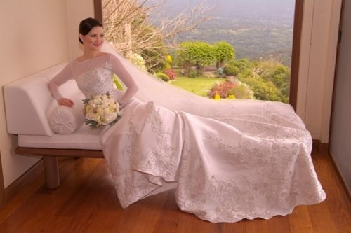 The Grace Kelly by Rajo Laurel. I LOVE THIS GOWN! | Wedding Gowns ...