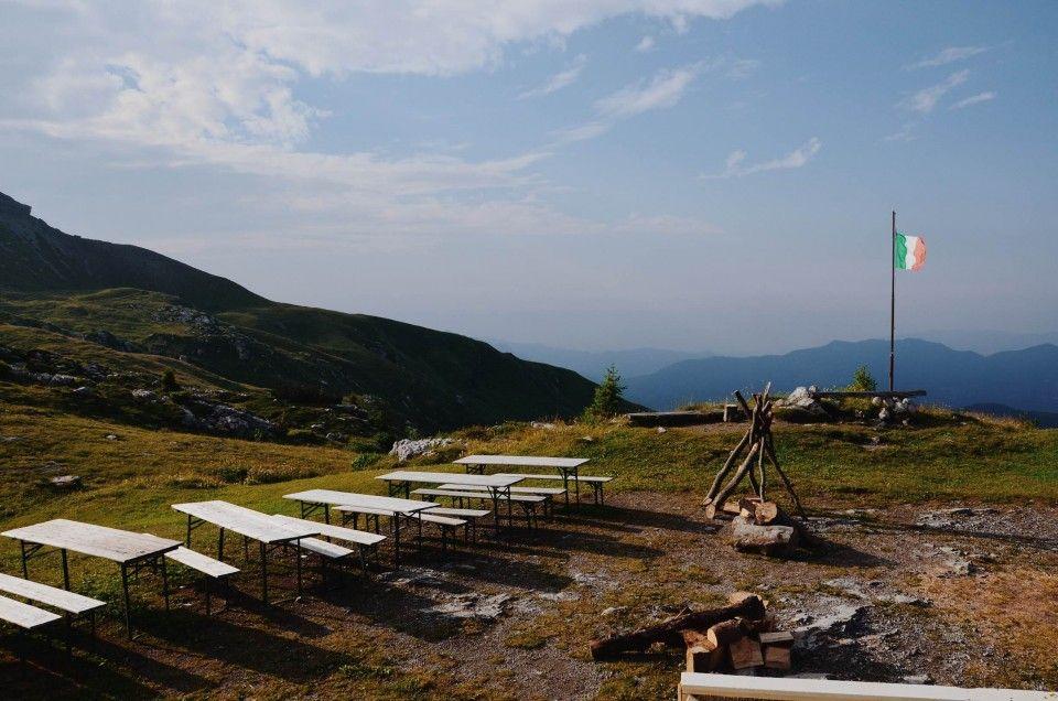 Fotografie di Chiara Arrigoni ai Piani di Artavaggio, dal rifugio Nicola (1900 m) nelle Prealpi Lombarde, sulle Orobie. #panorama #paesaggio #sky #nature #landscape #details