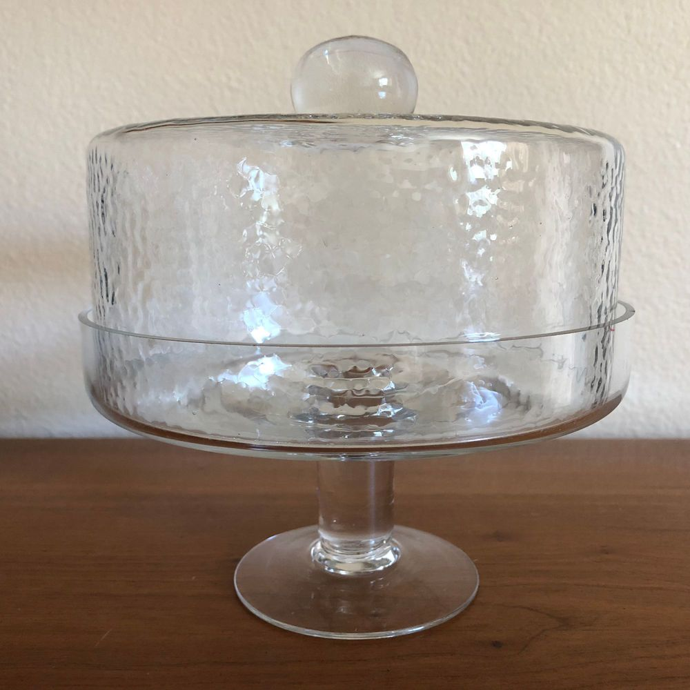 Clear glass cakedessertpastryappetizer plate wdome lid