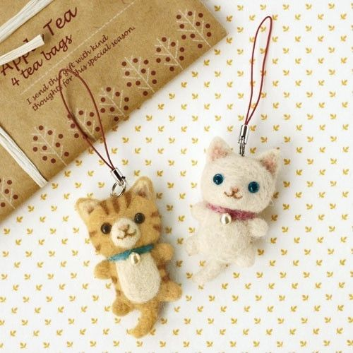 DIY handmade felt wool White and Tiger Cat --- Japanese kit package