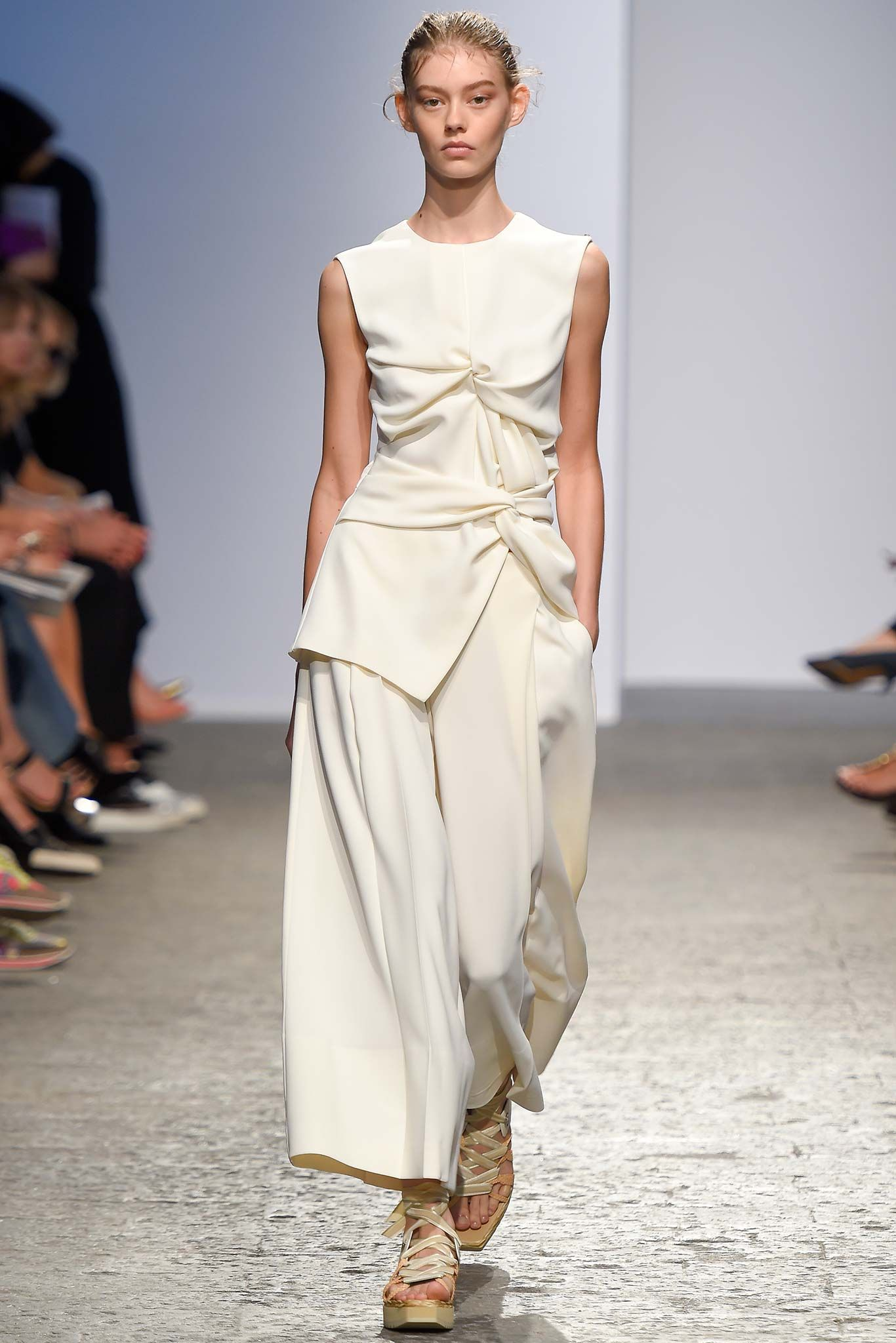 3a22f94d81 look 12 - Sportmax Spring 2015 Ready-to-Wear - Collection - Gallery -  Style.com