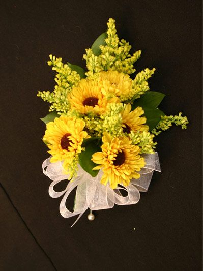 Mini Sunflower Corsages By Www Creationsbydebbie Net