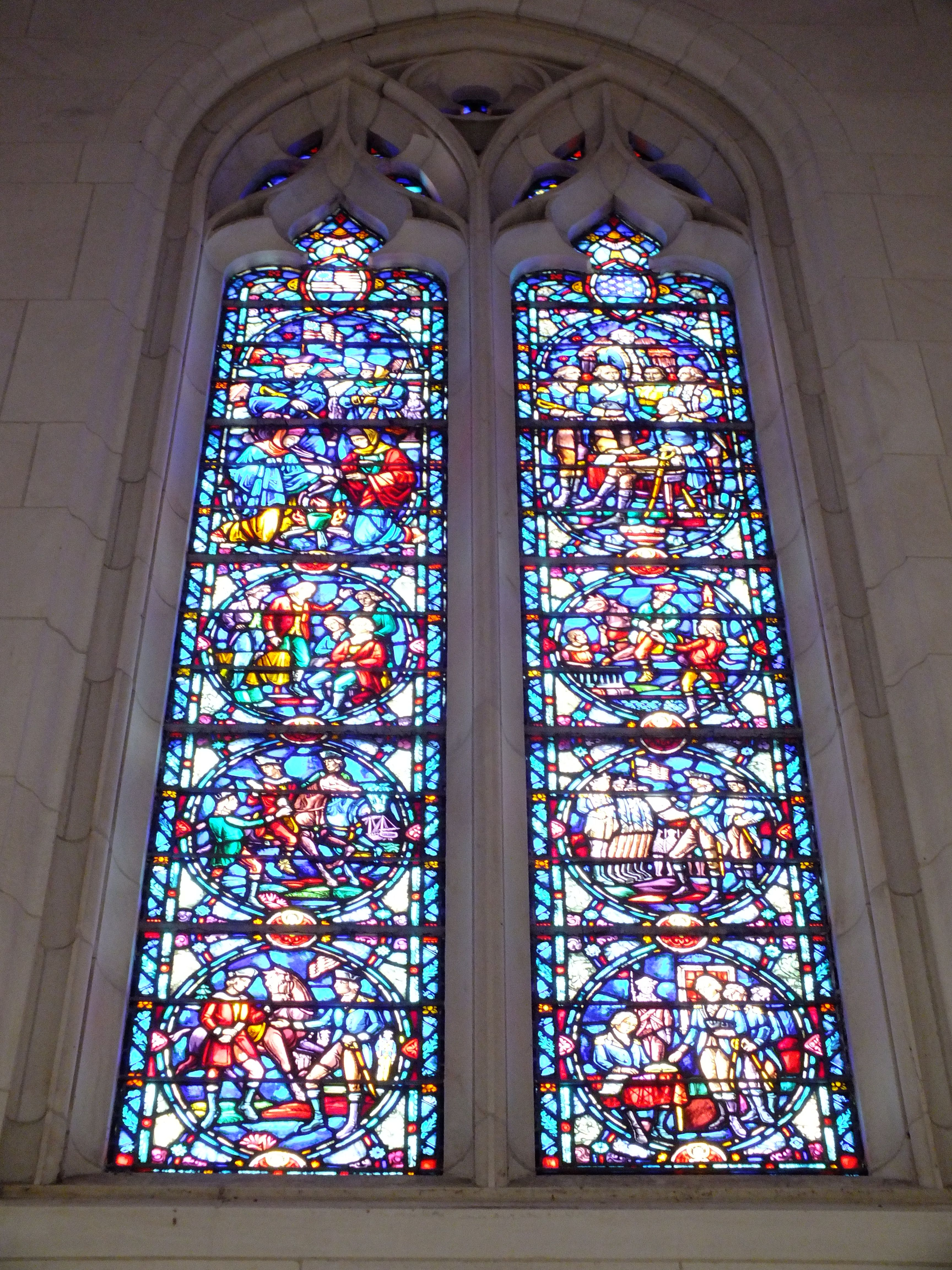 Stained Glass Window In The Arcade Of The Washington Memorial Chapel Stained Glass Windows Stained Glass Chapel