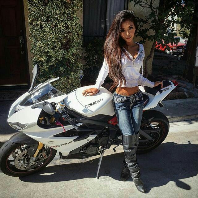 Pin By Susie Miller On Motorcycles Cafe Racer Girl Motorbike