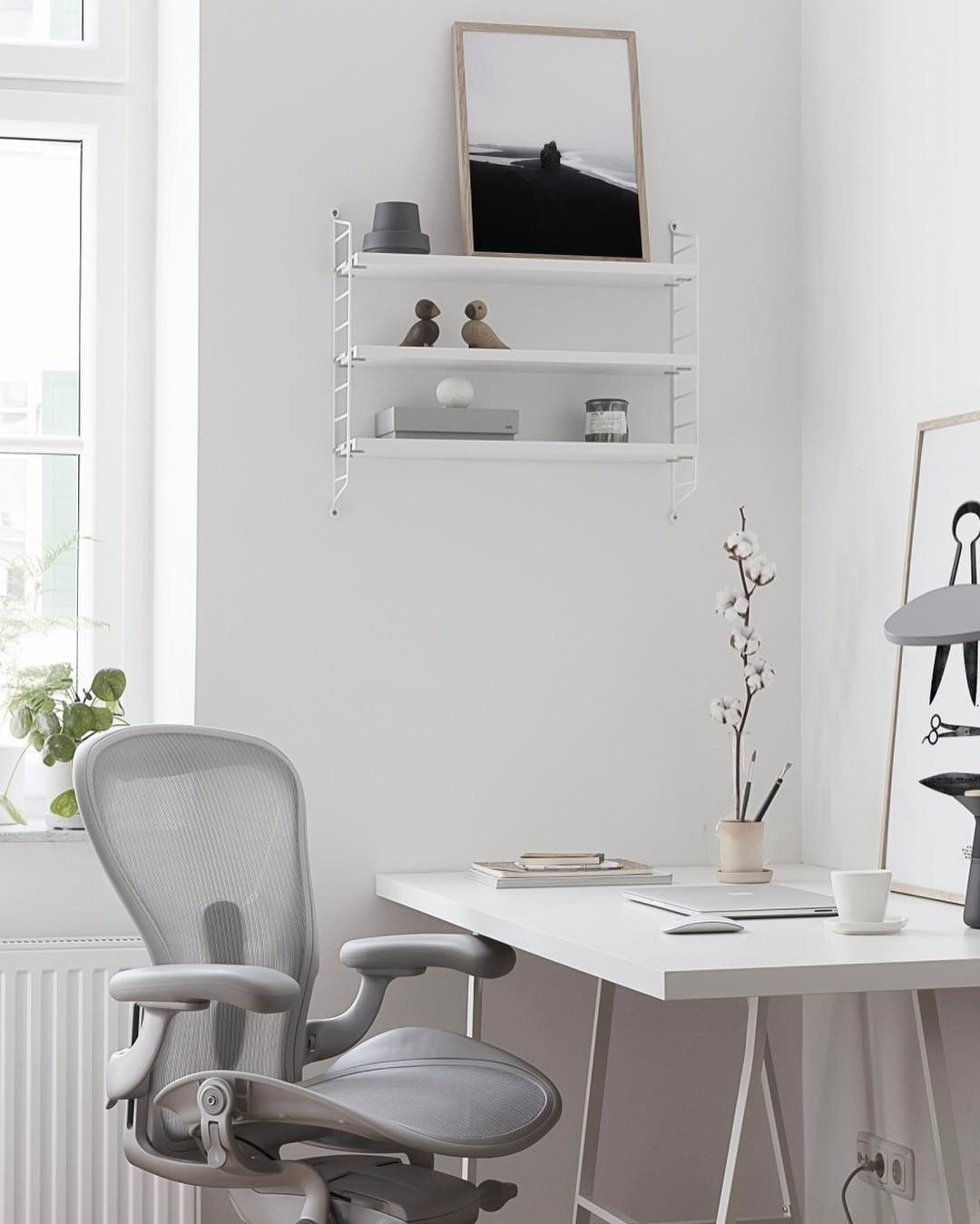 I Got To Try Out The Stylish New Hermanmillerltd Aeron Chair In Mineral And You Can Read All About It Home Office Design Office Chair Design Home Office Decor #office #chair #living #room