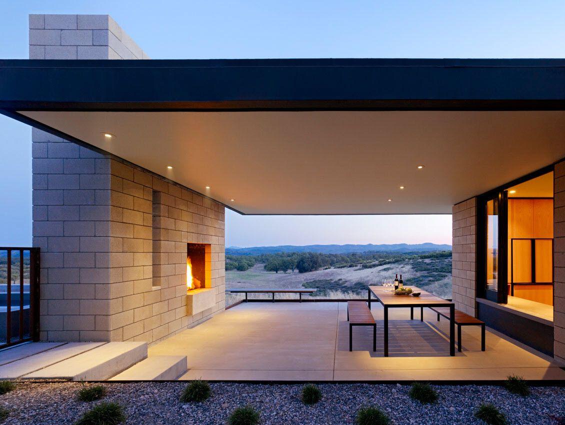 Dise o de moderna casa de un piso construida con ladrillo - Construccion de casas modernas ...