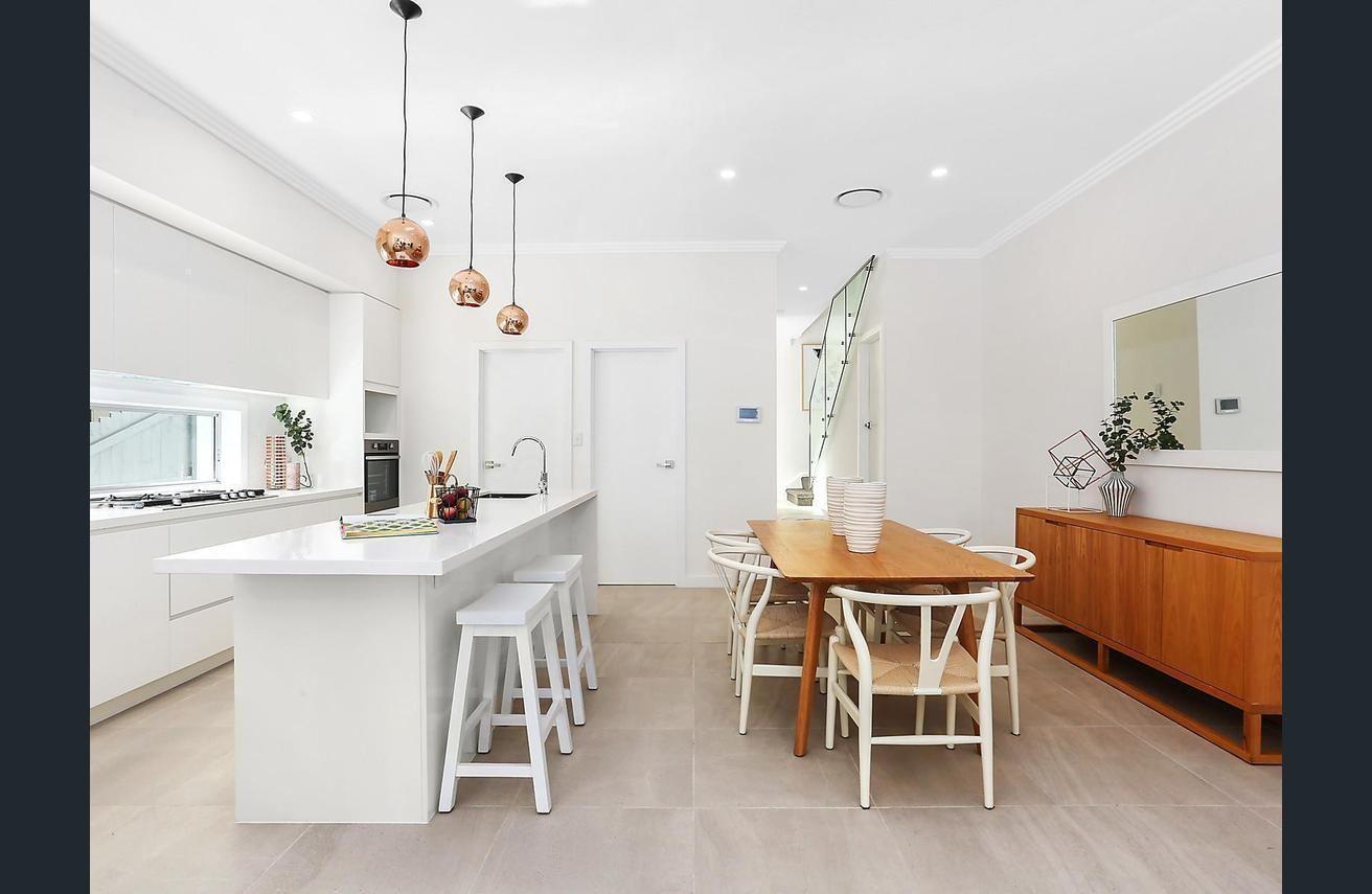 Contemporary Alpine Designer Homes Composition - Home Decorating ...