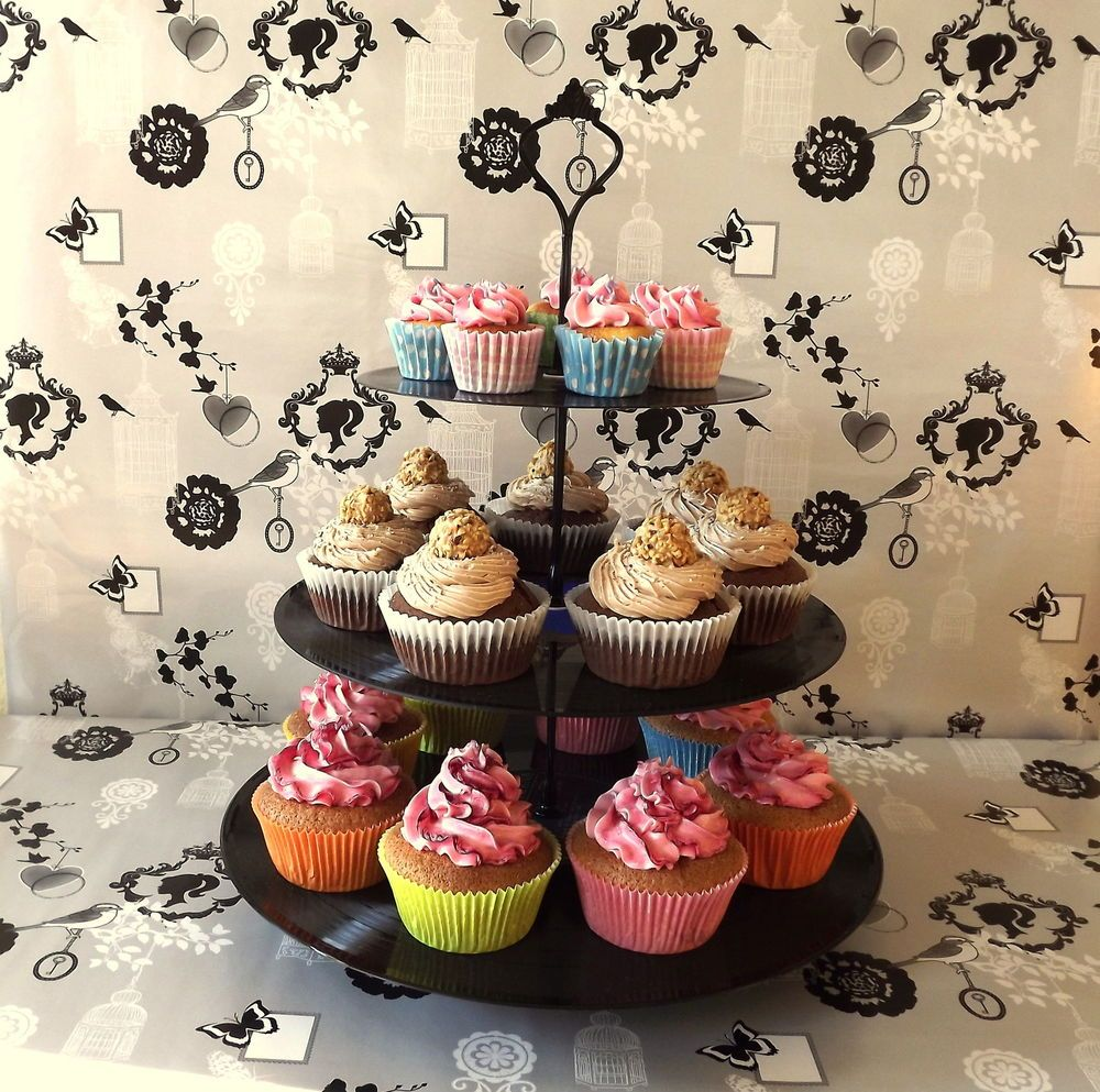 schallplatten etagere retro cupcake hochzeit backen kuchen. Black Bedroom Furniture Sets. Home Design Ideas