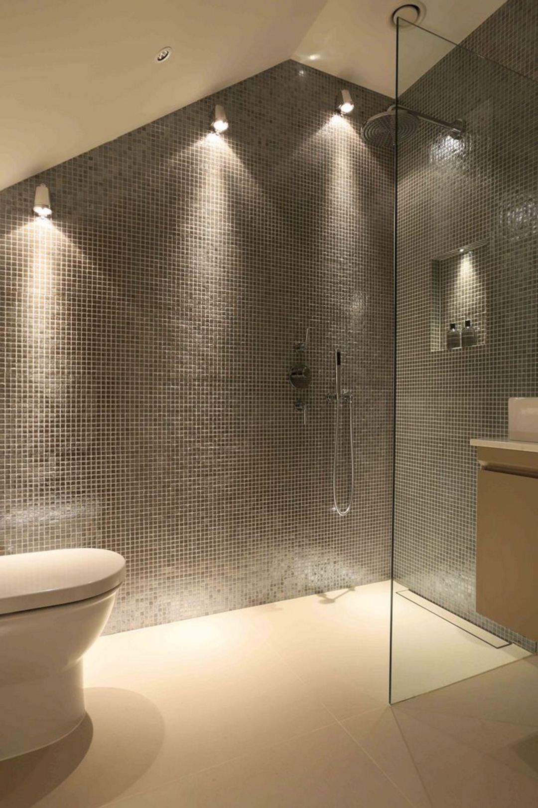 10 Top And Clever Bathroom Shower Lighting Ideas That Inspire Bathroomlampideas Bathrooml Shower Lighting Best Bathroom Lighting Simple Bathroom