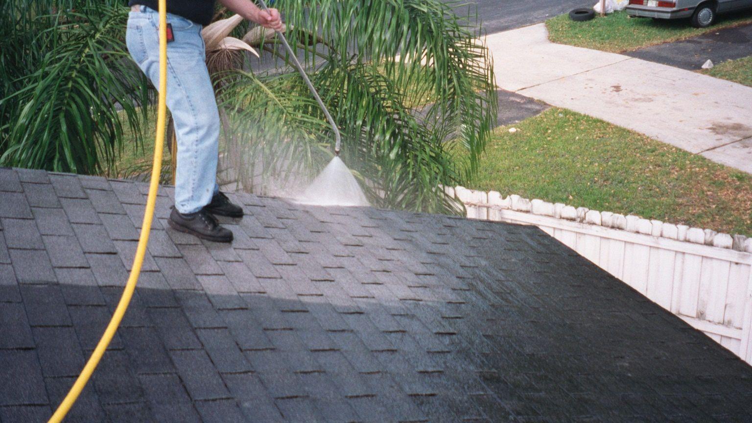 Softwash, softwashing, soft wash, roof cleaning, wood