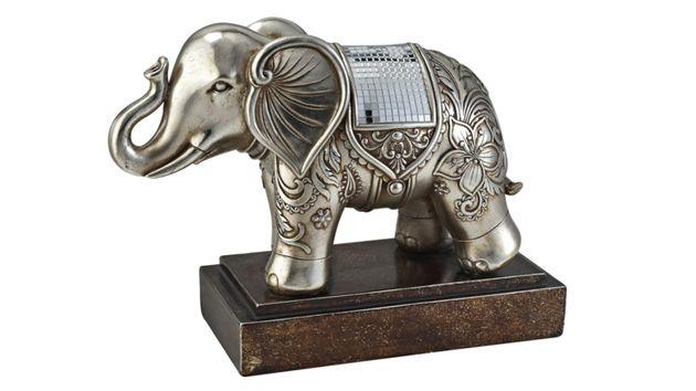 Get Wild With 15 Safari Table Sculptures Home Design Lover Elephant Figurines Elephant Statue Elephant Decor