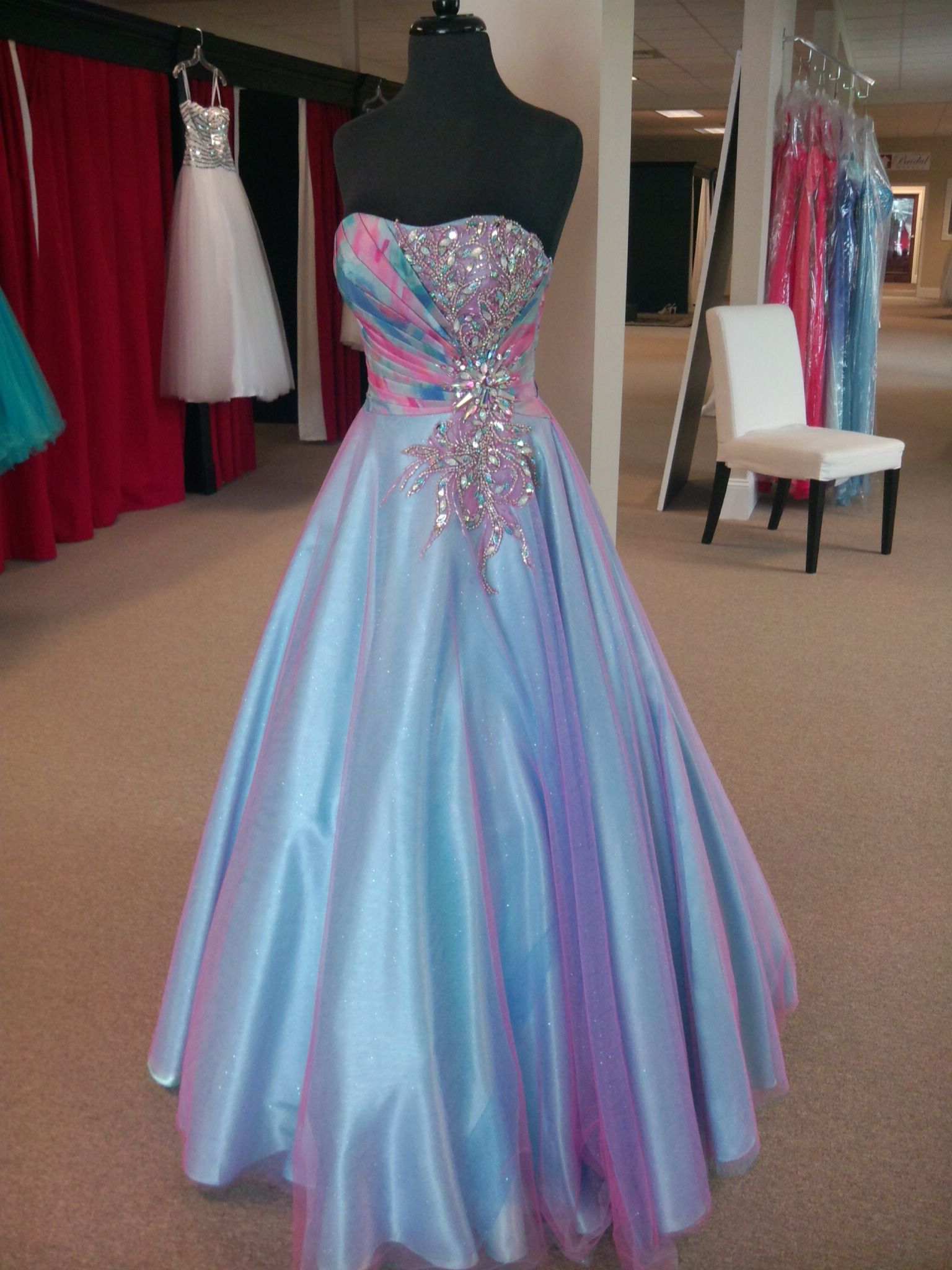 1000  images about prom dresses on Pinterest  Cinderella gowns ...