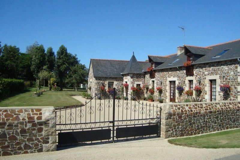 Chambre D Hotes De La Vieux Ville 22590 Tregomeur En 2020 Gite De France Le Manoir Pleumeur Bodou