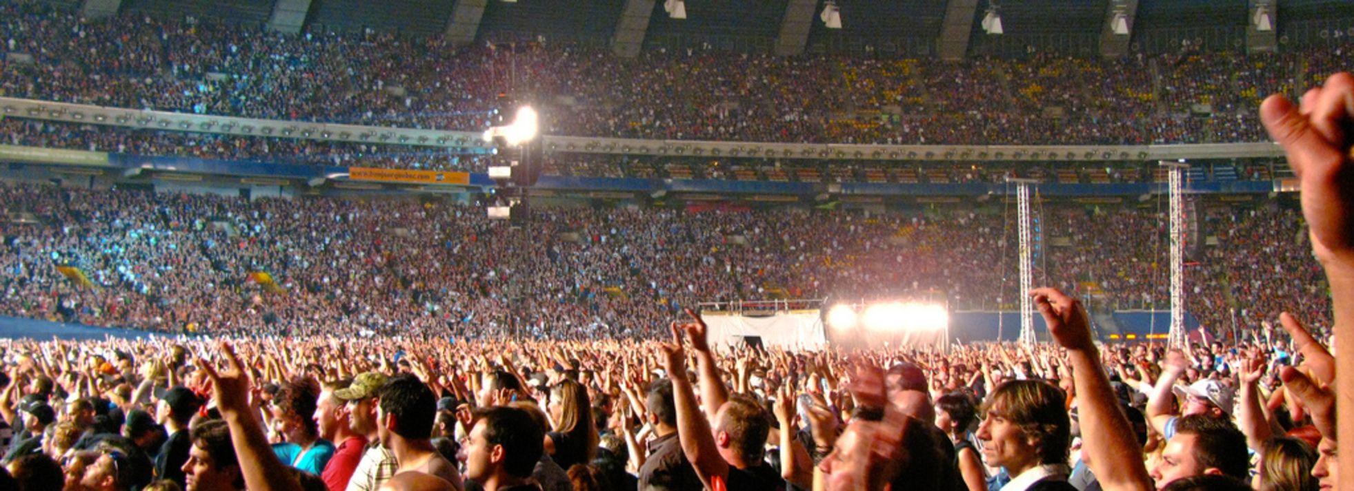 29 Wonderful Concerts In Montreal Next Month Concert Rainbow Kitten Surprise Montreal