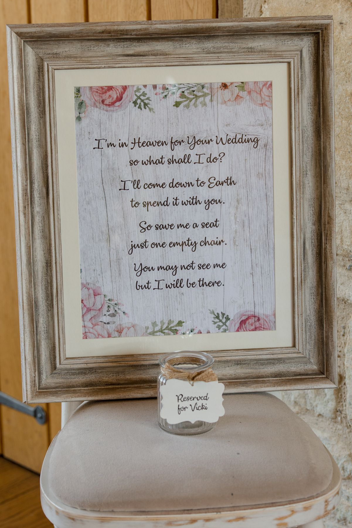Great way to remember a loved one who is missing on your wedding day ♥ #remembrance #wedding #weddingdetails #weddingin… | On your wedding day ...