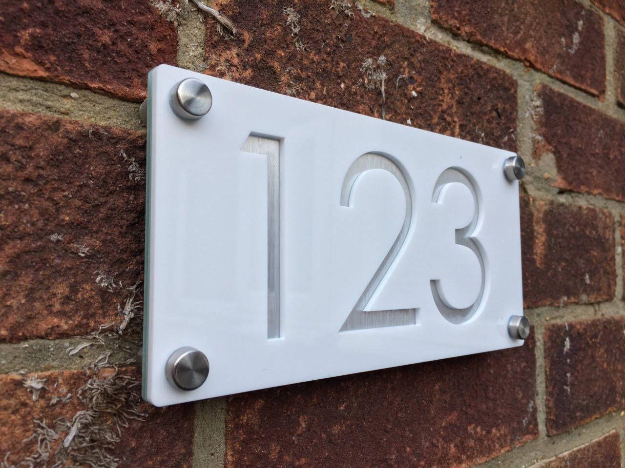 Moderne Huisnummers Aluminium Met Witte Acryl Hedendaagse
