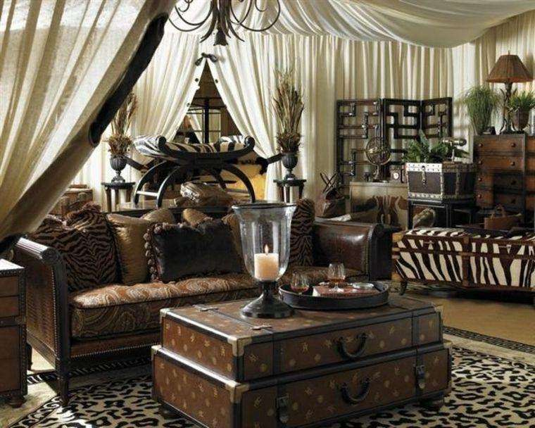 Salon De Estilo Colonial Elegancia Y Buen Gusto Atemporal Safari Wohnzimmer Wohnung Einrichten Ideen Wohnung Einrichten