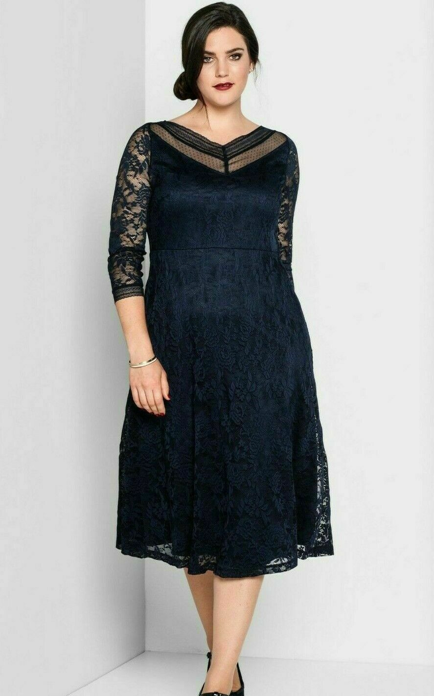 Sheego Abendkleid Gr.15+15+15+15 Knielang Spitzenkleid Kleid Blau