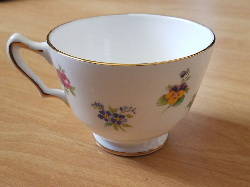Crown Staffordshire Fine Bone China Teacup Rose Pansy Flowers Made In England | Pottery u0026 Glass Pottery u0026 China China u0026 Dinnerware | eBay! & Crown Staffordshire Fine Bone China Teacup Rose Pansy Flowers Made ...