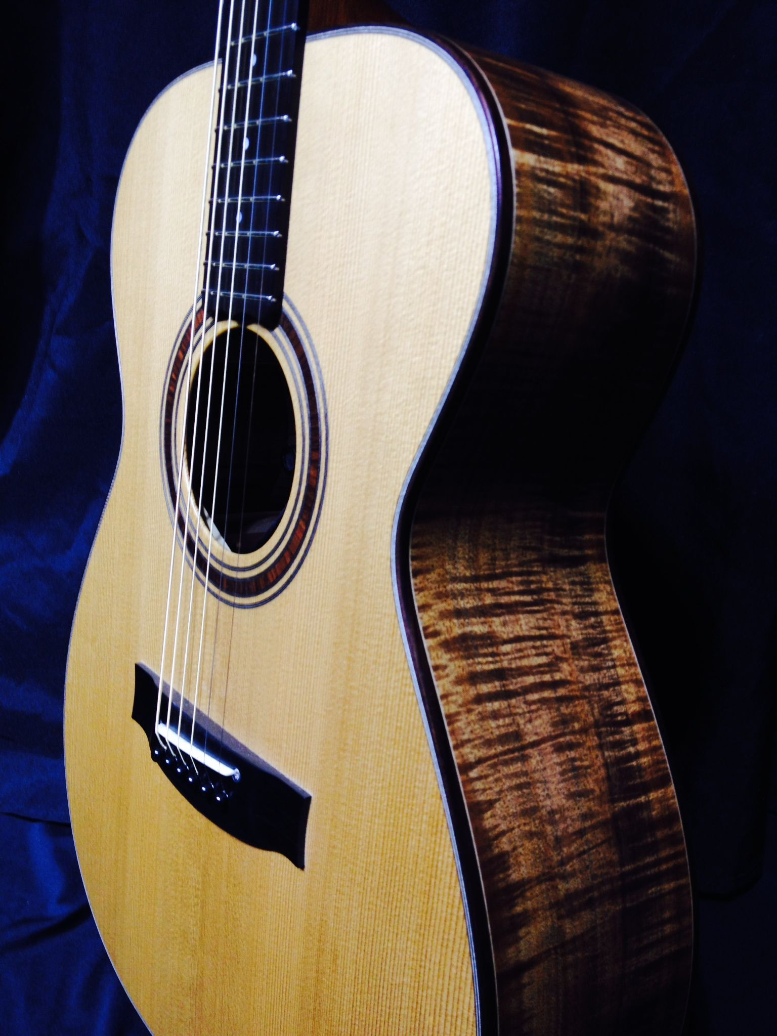 Maton EBG808 Traditional Custom Shop - Music mart