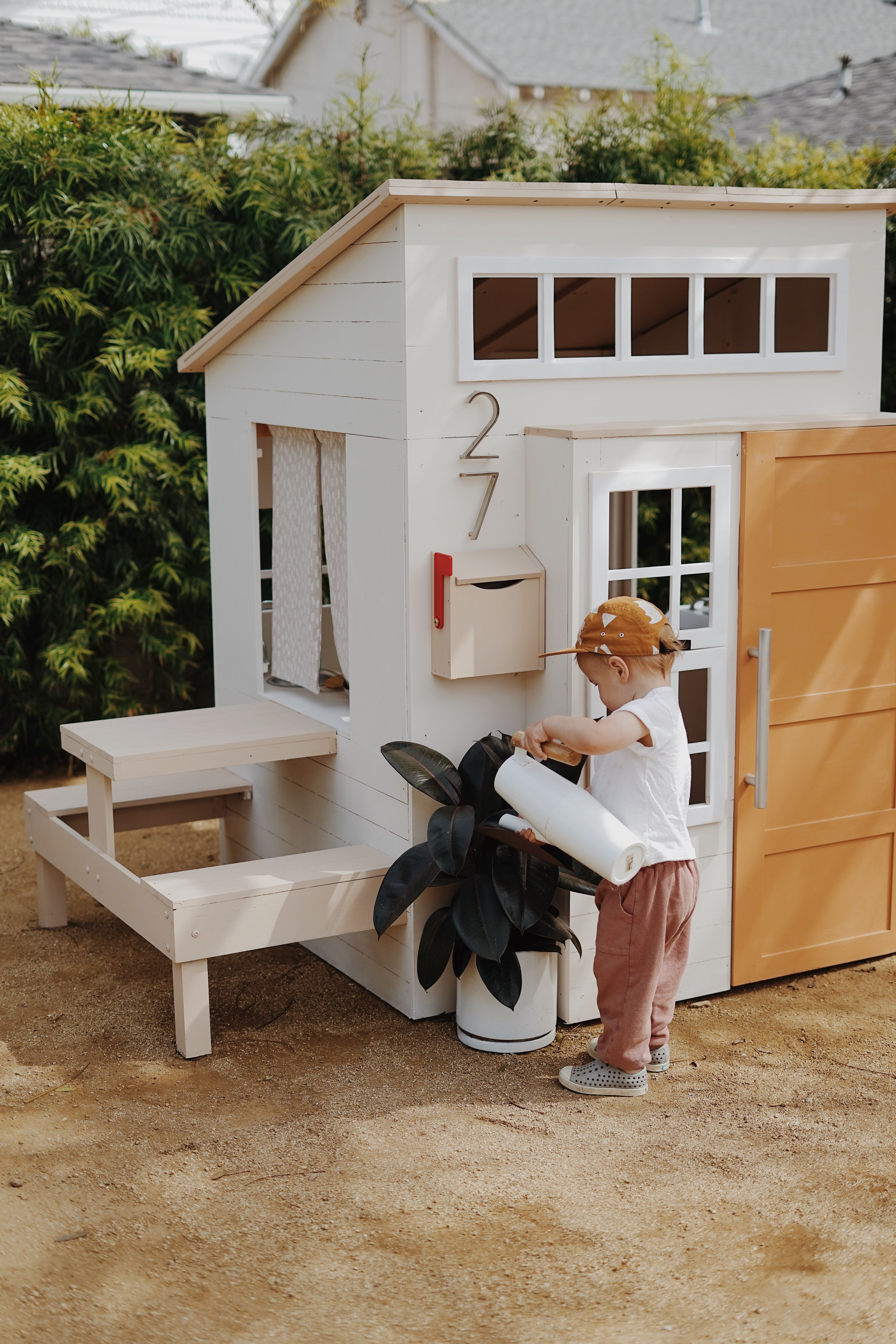A Modern Outdoor Kids Playhouse Makeover Play Houses Outdoor