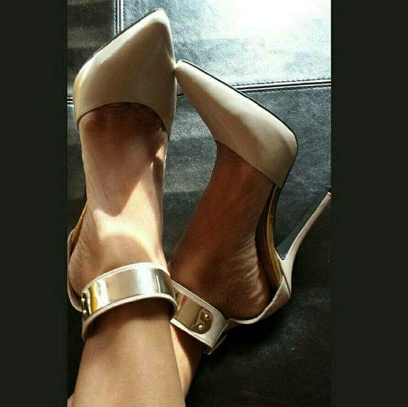 Fergie Ankle Strap Pump Nude/Beige pointed heels. Gold metal detail on ankle strap. Fergie Shoes Heels