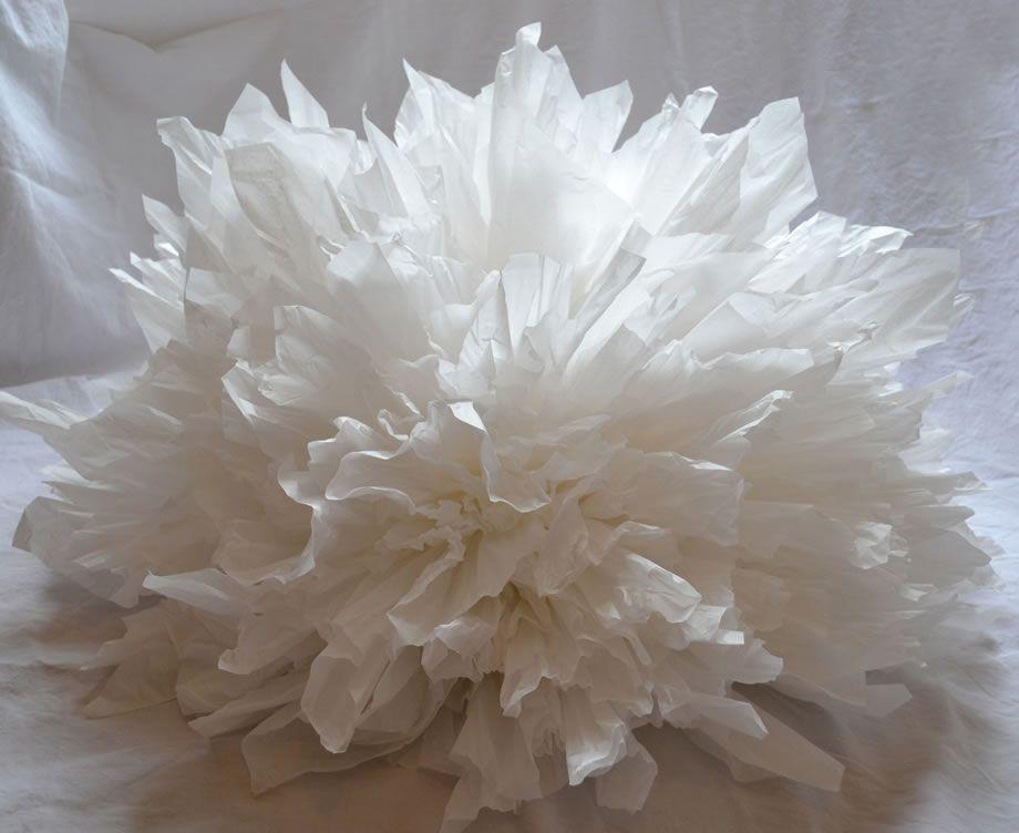 Maryse dugois boule papier entier installation pinterest crepe maryse dugois boule papier entier paper sculpturessculpture mightylinksfo