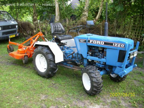 ford 1220 tractors i d like to have pinterest ford tractors 1210 Ford Tractor Wiring Diagram ford 1220