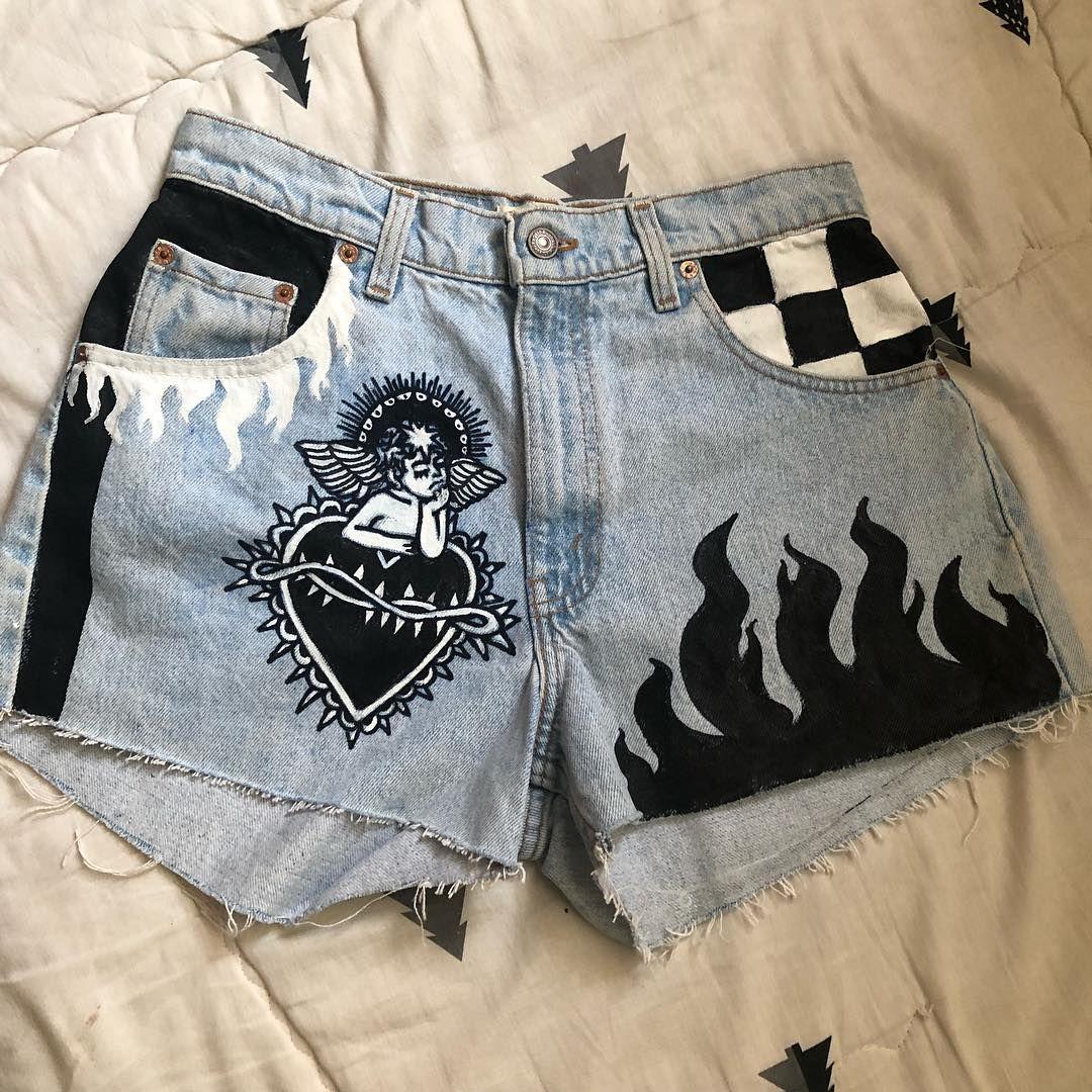 """กางเกงยีนส์เพ้นท์ on Instagram: """"️ขายแล้วจ้า️ ขายแล้วจ้า #jeans #jeanspaint #jeanspainting #ยีนส์เพ้นท์ #เสื้อยีนส์ #jacketpaint #jacket #jacketpainting #jacketjeans #ขาย…"""""""