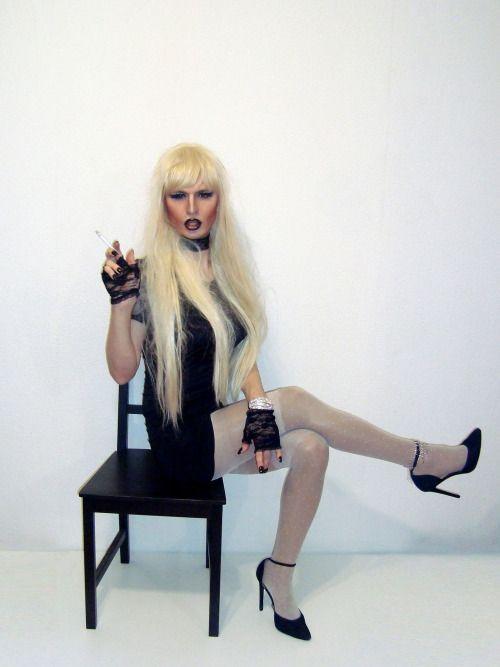 Smoking-cd-tv-ts-sissy-faggot