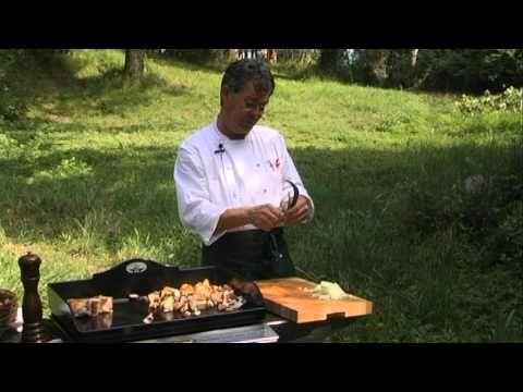 Cote De Veau Et Champignons A La Plancha Par Le Chef Darroze Youtube Cote De Veau Le Chef Veau